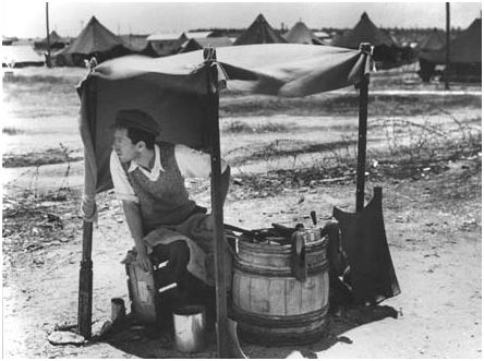Maabara: réfugié dans un camp provisoire. 1948. photo David Harris